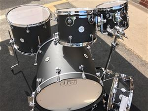 DW Design Series Maple Shell Flat Black 5-Pc Shell Kit