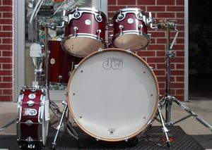 DW Design Series  Maple Shell Cherry Lacquer  5-Pc Shell Kit
