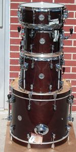 DW Pacific Concept Maple 4 piece Shell kit w/holder  - Walnut Lacquer