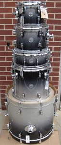 DW Pacific Concept Maple 5 piece shell kit   - Silver to Black Sparkle Lacquer