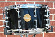 "Pearl Limited Edition Maple 7"" x 14"" snare w/ double spike lugs - Black lacquer - Model M-1470S"